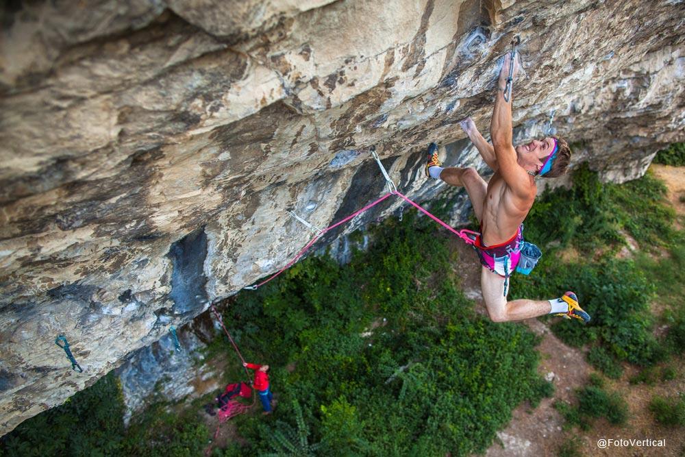 james-pearson-climbing-onceuponaclimb-fotovertical