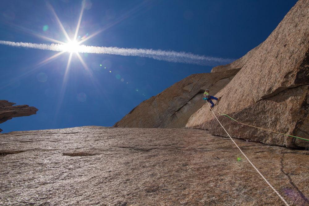 setting-goal-capucin-ciavaldini-climbing-fotovertical